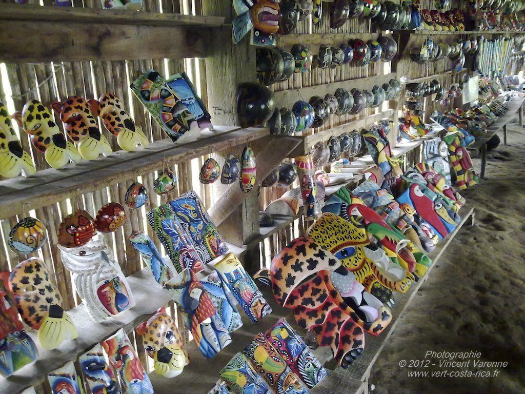 Masques traditionnels de la tribu des Maleku's - Arenal
