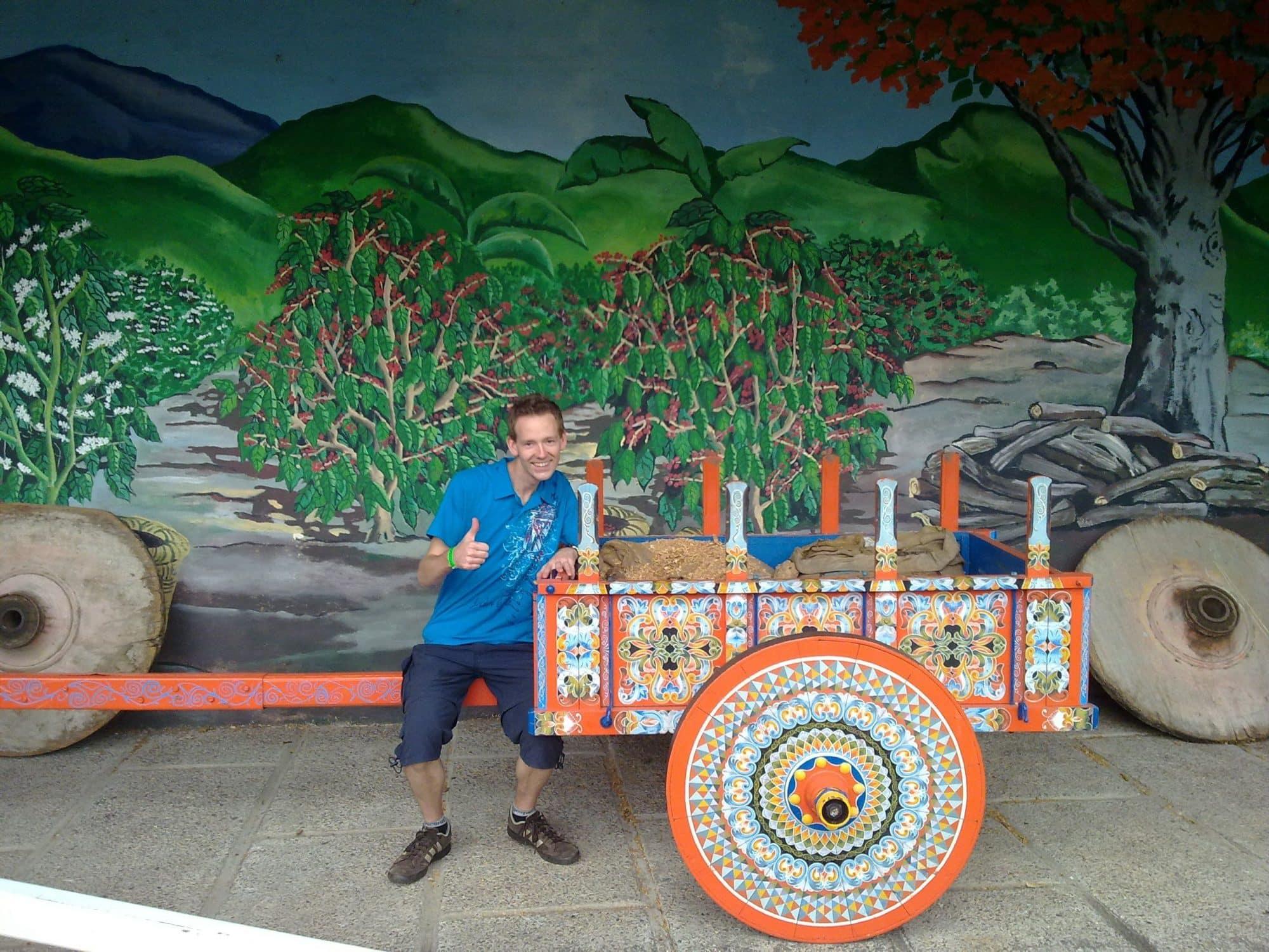 Artisanat à Sarchi - la carreta, traditionnelle charrette colorée du Costa Rica