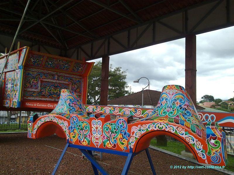 La roue de la Carreta géante de Sarchi au Costa Rica