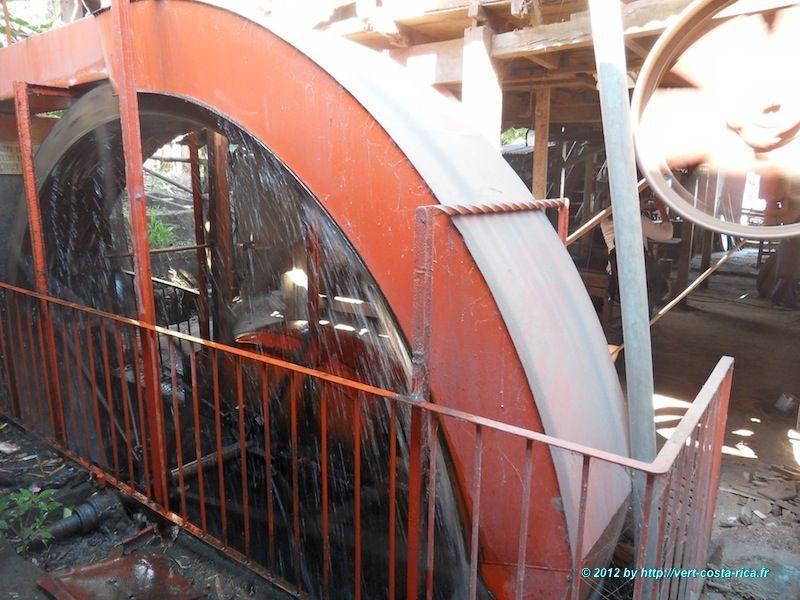 Ateliers de fabrication de la Carreta à Sarchi – artisanat du Costa Rica