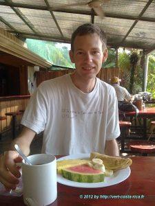 Petit déjeuner de Vincent à Manuel Antonio - un délice !