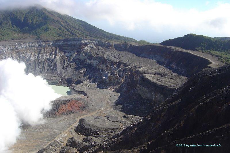 Image du Cratère du Volcan Poas au Costa Rica