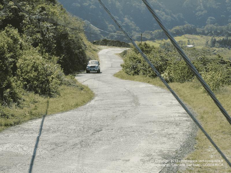 Route pour rejoindre la Cascade San Luis de Monteverde