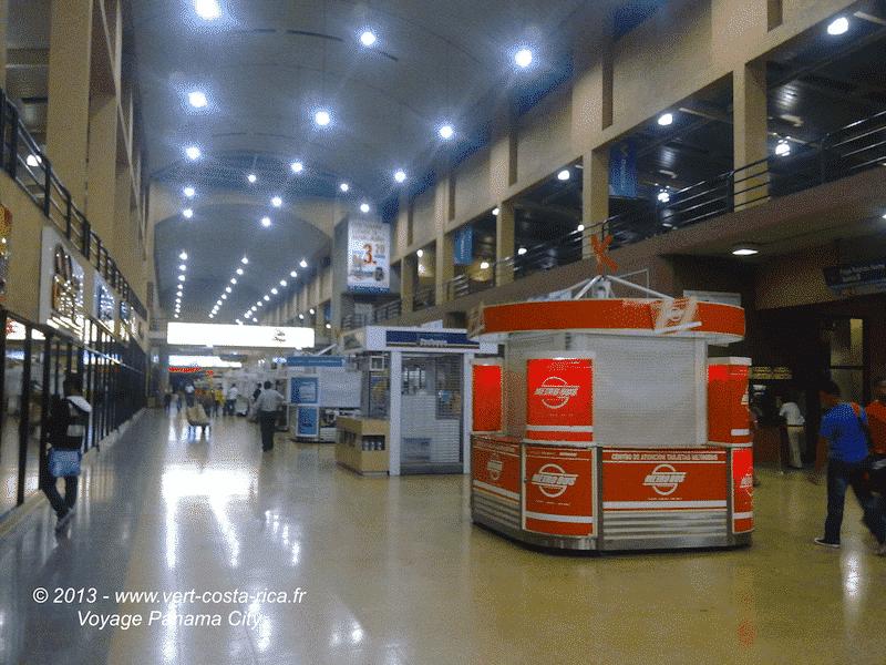 Tica Bus depuis San José - arrivée au terminal de bus au Panama