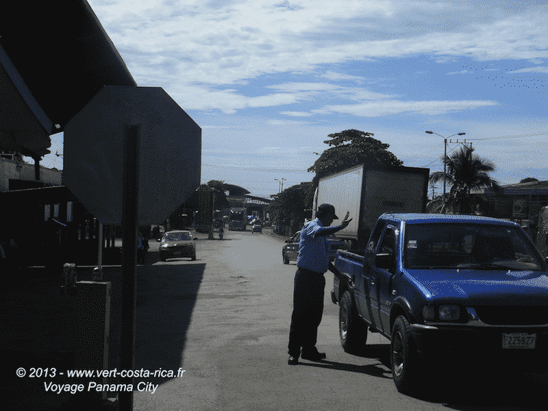 Frontière du Panama - Tica Bus pour rejoindre Panama City