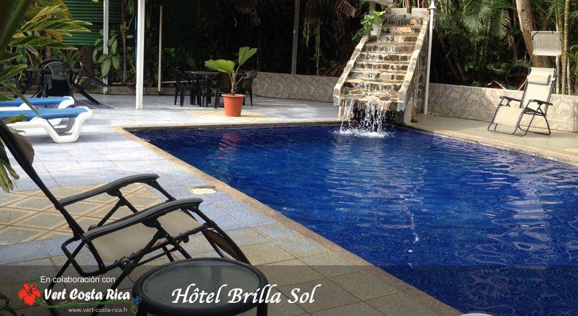 Hôtel Brilla Sol, piscine et jardin tropical à 5 minutes de l´aéroport Juan Santamaria