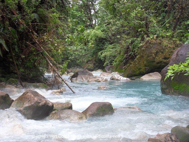 Rio Celeste Cascade - Catarata Rio Celeste