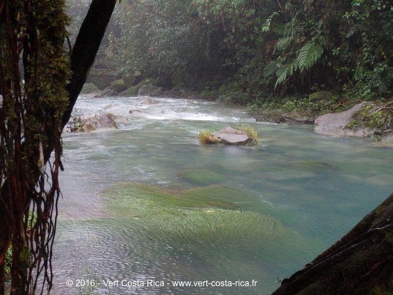 Rio-Celeste-Volcan-Tenorio-costarica_32