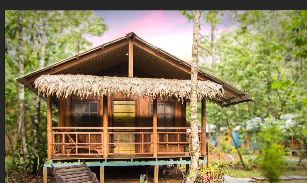 Hidden Paradise Lodge est un petit écolodge géré par une accueillante famille locale
