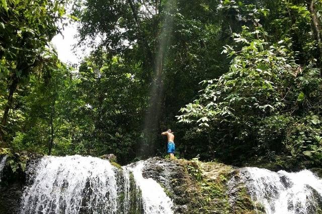 cascade Pack-corcovado-service-vertcostarica