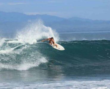 Plage Pavones pour le surf au Costa Rica