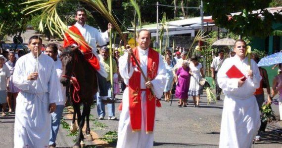 Procession de Pâques au Costa Rica