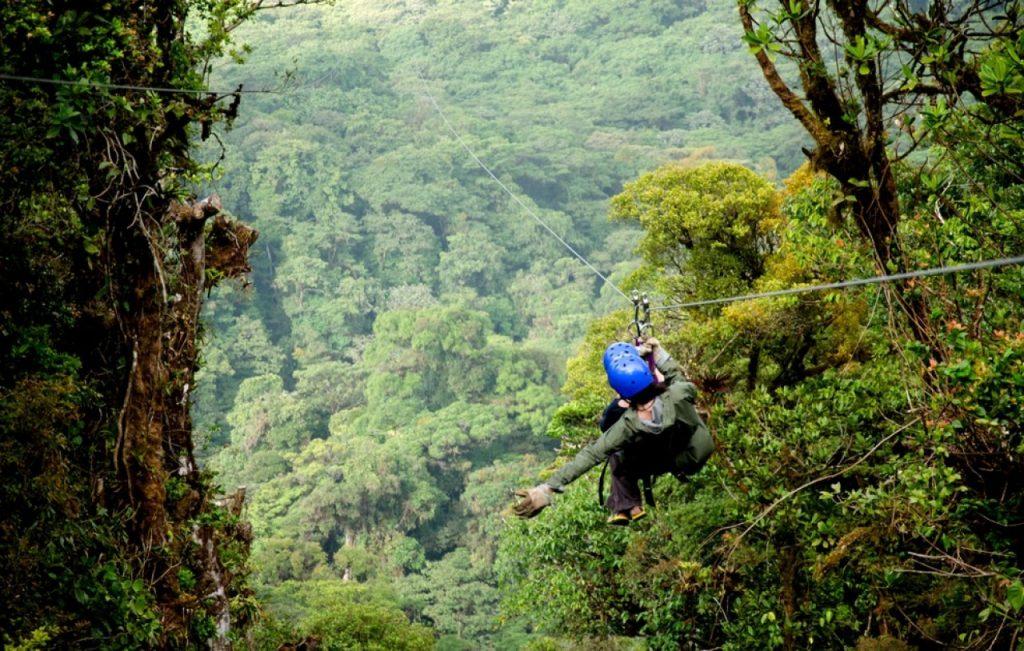 Tyrolienne au Costa Rica