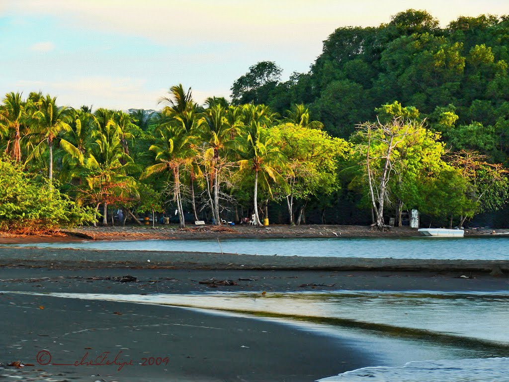 Plage Tivives au Costa Rica