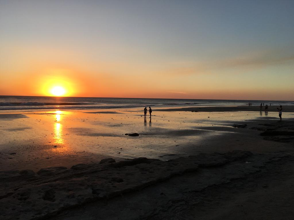 coucher de soleil plage avellanas